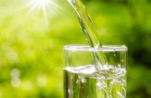 distributore di acqua fredda un sollievo durante l'estate