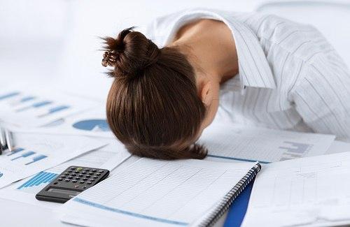 bere acqua proveniente dai distributori d'acqua per ufficio può aiutare a combattare lo stress da rientro