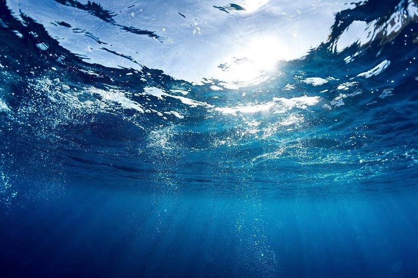 Esistono tante nuove tecniche utili a rendere potabile l'acqua del mare. Una volta sviluppate, aiuteranno a combattere il problema della Guerra per l'oro blu.